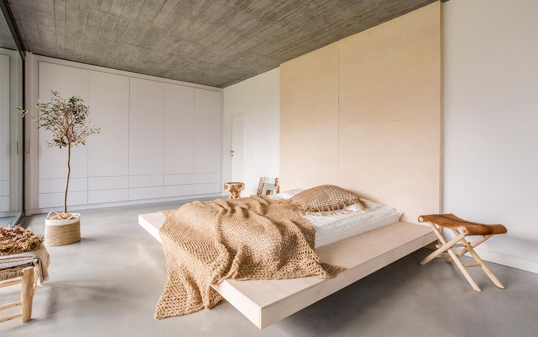 Bett mit Decke
