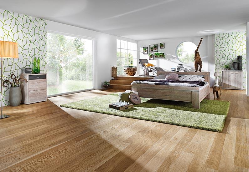 schlafzimmer, brauner boden, grüner teppich