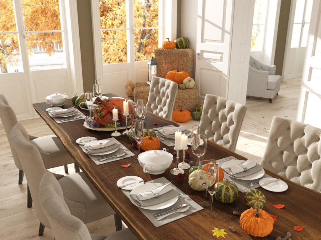 Esszimmer mit Herbstdekoration
