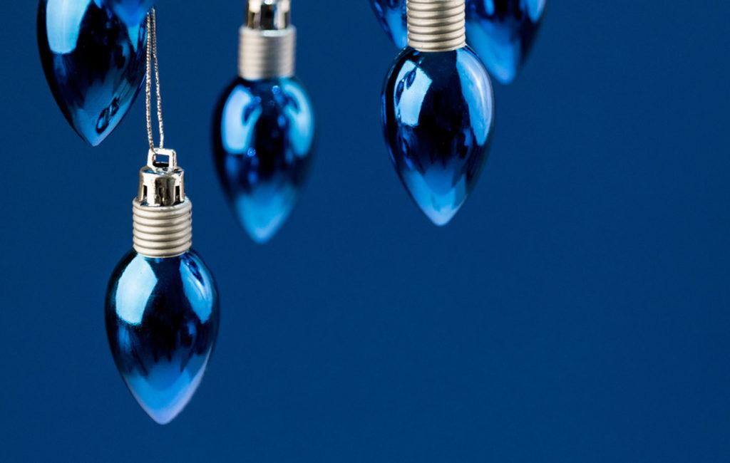 Glühbirnen blau